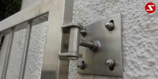 Fenstergitter sind eine gute Einbruchsicherheit. Fenstergitter als Einbruchschutz bestellen. Einbruchschutz mit senkrechten Sprossen kaufen. Einbruchschutz mit vertikalem Reling bestellen. Bestellen Sie günstig Fenstergitter. Unsere Fenstergitter sind zeitlos und pflegeleicht. Einfache Bestellung Fenstergitter. Günstige Fenstergitter. Fenstergitter einfache Montage. Wir bieten wunderschöne Fenstergitter als Einbruch Sicherheit. Bestellen Sie Fenstergitter aus Aluminium. Bestellen Sie Fenstergitter aus Edelstahl. Bestellen Sie günstig Fenstergitter. Bestellen Sie Fenstergitter aus Edelstahl. Bestellen Sie günstig ihre Fenstergitter aus Niro. Bestellen Sie günstig ihr Fenstergitter aus Stahl. Bestellen Sie unkompliziert ihr Fenstergitter aus Stahl. Praktische Fenstergitter mit senkrechten. Fenstergitter mit vertikalen Stäben kaufen. Elegante Fenstergitter kaufen. Moderne Fenstergitter bestellen. Qualitative Fenstergitter mit senkrechten Sprossen. Wunderschönes Design für Fenstergitter mit senkrechten Sprossen. Höchste Qualität der Fenstergitter mit senkrechten Sprossen. Einfache Bestellung Fenstergitter mit senkrechten Sprossen. Fenstergitter mit senkrechten Sprossen schnelle Abwicklung. Einbruchschutz mit vertikalem Reling faire Preise. Einbruchschutz mit vertikalem Reling Produktion nach Kundenwunsch. Einbruchschutz mit vertikalem Reling und Maß. Einbruchschutz mit vertikalem Reling. Fenstergitter gegen Einbruch mit senkrechten Sprossen. Fenstergitter mit vertikalem Reling kaufen. Fenstergitter mit Draht aus Edelstahl. Fenstergitter aus Stahl verzinkt. Fenstergitter aus Aluminium. Fenstergitter Höchste Qualität. Fenstergitter faire Preise. Fenstergitter günstige Preise. Fenstergitter Einfache Abwicklung. Schlosser für Fenstergitter. Schlosserei für Fenstergitter. Fenstergitter Hersteller.Edelstahl Einfahrtstor Nr. 15