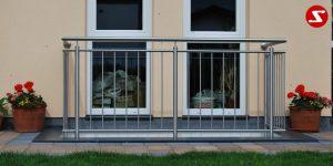 Modernes Balkongeländer mit senkrechten Sprossen kaufen. Günstiges Terrassengeländer. Balkongeländer mit senkrechten Stäben bestellen. Terrassengeländer mit senkrechten Stäben kaufen. Geländer mit vertikalen Sprossen günstig kaufen. Schlosserei. Schosser. Reling Geländer. Balkongeländer mit senkrechtem Draht aus Edelstahl. Geländer aus Stahl verzinkt kaufen. Geländer aus Aluminium online bestellen. Geländer höchste Qualität. Geländer kaufen. Geländer bestellen. Geländer faire Preise. Geländer günstige Preise. Balkongeländer einfache Abwicklung. Geländer für Balkone. Geländer für Terrassen. Geländer-Absturzsicherung mit senkrechten Sprossen. Balkongeländer Produktion nach Kundenwunsch und nach Maß. Geländer nah Maß. Schlosserei. Schlosser..Modernes Balkongeländer mit senkrechten Sprossen kaufen. Günstiges Terrassengeländer. Balkongeländer mit senkrechten Stäben. Terrassengeländer mit senkrechten Stäben. Geländer mit vertikale Sprossen günstig kaufen. Schlosserei. Schosser. Reling. Senkrechter Draht aus Edelstahl. Geländer aus Stahl verzinkt. Geländer aus Aluminium. Geländer höchste Qualität. Geländer kaufen. Geländer bestellen. Geländer-faire Preise. Geländer günstige Preise. Einfache Abwicklung. Geländer für Balkone. Geländer für Terrassen. Geländer-Absturzsicherung mit senkrechten Sprossen. Produktion nach Kundenwunsch und nach Maß. Geländer nah Maß.
