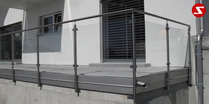 Fabulous Balkongeländer, Terrassengeländer aus Stahl und Sicherheitsglas. TH13