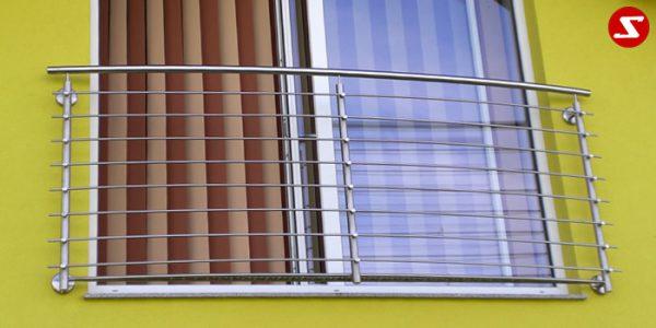 Französische Balkone sind eine Absturzsicherung für Bodentiefen Fenster und Türen. Unsere hoch qualitative französische Balkone kann man mit waagrechten Sprossen, quer Stangen bestellen. Bestellen Sie günstig und unkompliziert ihren französischen Balkon. Unsere französische Balkone sind zeitlos und pflegeleicht. Einfache Bestellung und Abwicklung. Günstige Preise. Einfache Montage des französischen Balkons. Bestellen Sie günstig ihren Balkon aus Aluminium, Edelstahl-Niro oder Stahl. Französischer Balkon ist modernen und praktisch. Sehr eleganter, moderner und hoch qualitativer französischer Balkon gibt Ihrem Haus ein wunderschönes Design. Höchste Qualität. Einfache Bestellung und schnelle Abwicklung. Faire Preise. Produktion nach Kundenwunsch und Maß. Französischer Balkon mit waagrechten sprossen-horizontalen Sprossen, -quer Reling-Draht aus Edelstahl, Stahl verzinkt oder Aluminium. Französischer Balkon Nr. WS1 #4